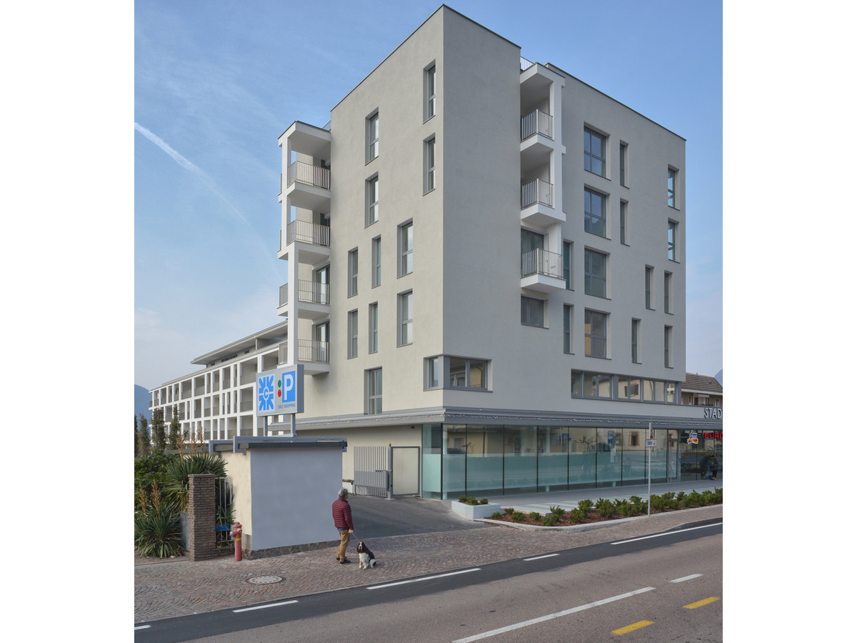 STADT RESIDENCE LAIVES -- 0